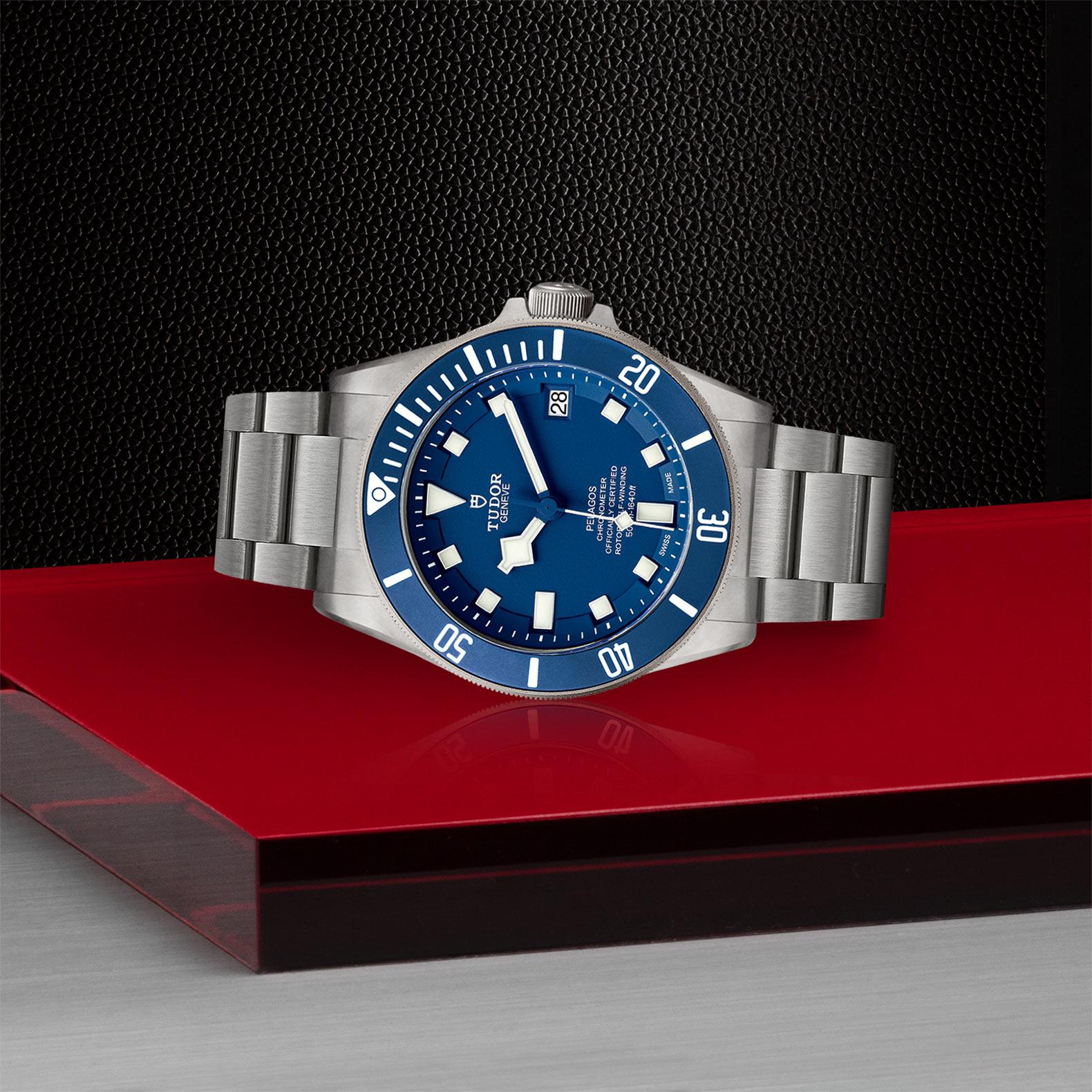 Tudor_M25600tb-0001