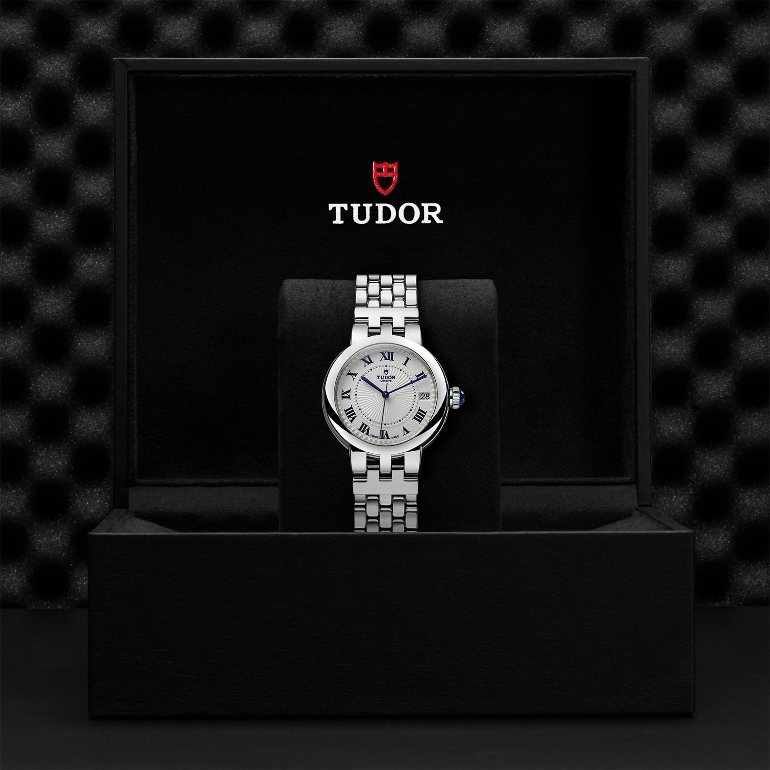 Tudor_M35800-0001
